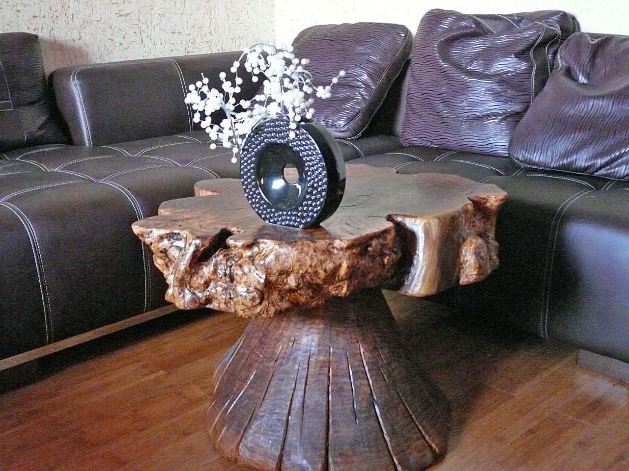 Стол из массива в каминный зал